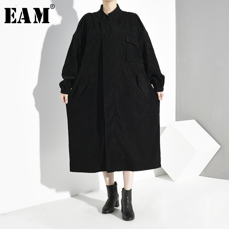 [EAM] Women Black Corduroy Big Size Trench New Stand Collar Long Sleeve Loose Fit Windbreaker Fashion  Spring Autumn 2020 1D1600