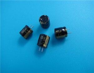 Image 1 - 50pcs nouveau Matsushita FL 680UF 4V 8X9MM 4V680UF carte mère CPU condensateur électrolytique 680 uF/4 V or 4v 680uf