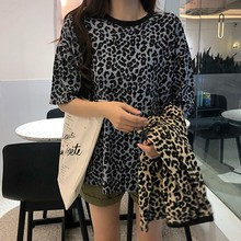Simple Casual Leopard Print Womens Tee Loose All-match Round Neck Short-sleeved Top M-2XL Office Lady Regular Clothing Length