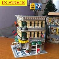 In Magazzino 15005 Street View Creatore Della Serie Grand Emporium Building Blocks 2182Pcs Giocattoli Compatibile con Bela 10211