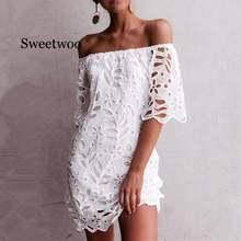 Женское кружевное мини платье с открытыми плечами Белое Прозрачное