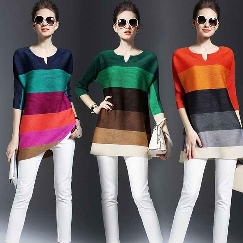 Été nouveaux vêtements plissés élégant rayé contraste couleur t-Shirt style décontracté en vrac trois quarts manches plis chemise hauts pour les femmes