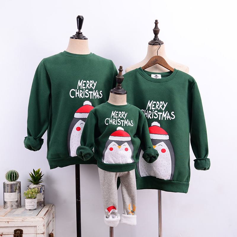 Family Christmas Matching Velvet Sweaters 2019 Winter Mom Father Daughter Son Penguin Print Sweatshirts Mother Me Family Clothes