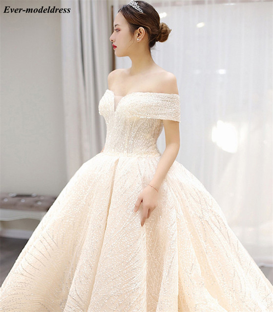 Luxury Wedding Dresses 2021 Off Shoulder African Sparkly V-Neck Lace Up Back Ball Gown Court Train Bridal Robe Do Mariee 5