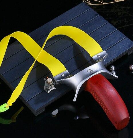 estilingue caca aco inoxidavel catapulta mecanica visando confortavel punho de madeira com faixa de borracha