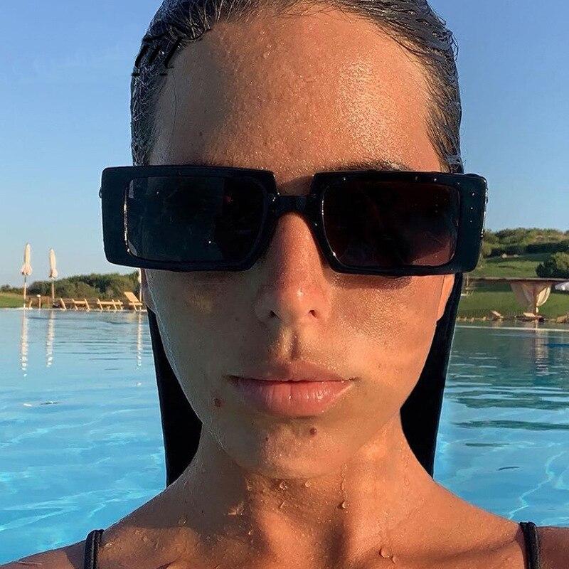 COOYOUNG vert Fluorescent rue Shot à la mode Rectangle lunettes de soleil femmes marque Design noir épais cadre mode Cool lunettes de soleil