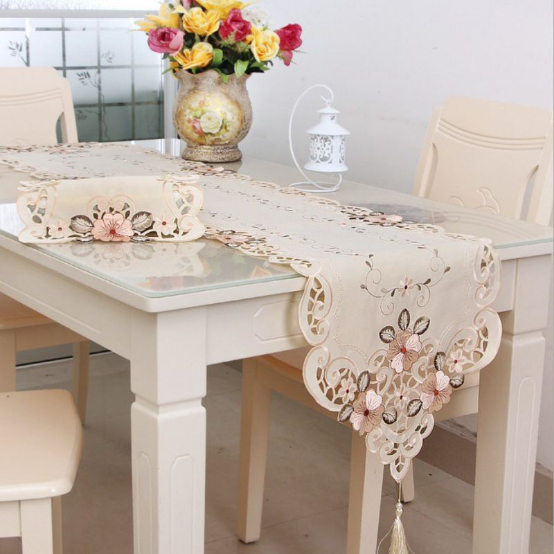 European Classic Table Runner Flower Embroidered Table Runner Beautiful Tablecloth Home Decoration