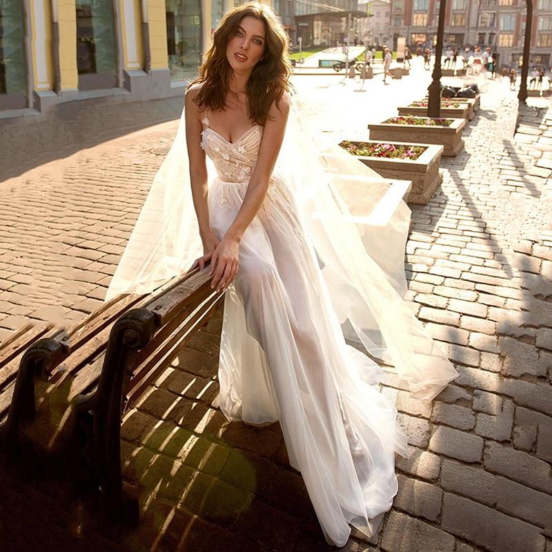 Eightree Boho Wedding Dresses A-Line Flowers Appliques Vestido De Noiva Spaghetti Straps Bride Dress Beach Wedding Gowns Dress