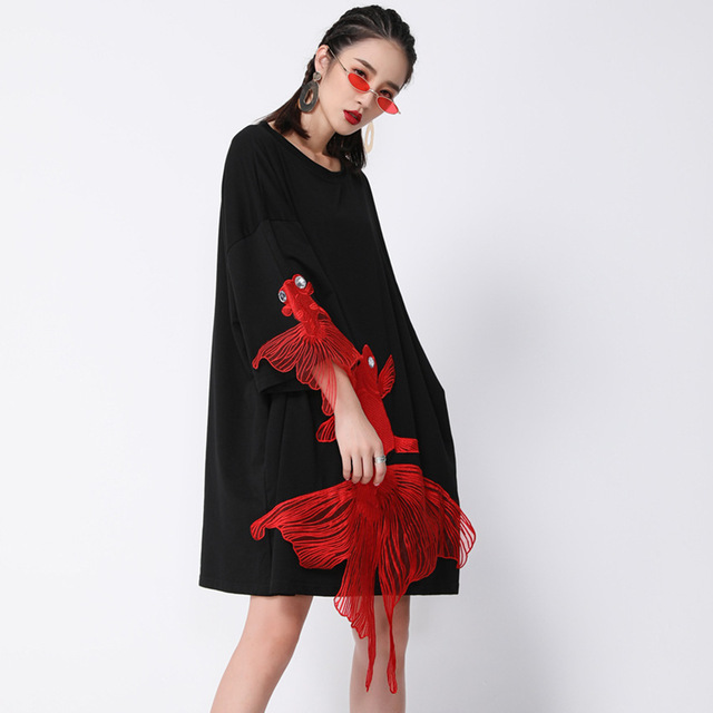 [EAM] 2021 New Spring  Summer Wrist Sleeve O Collar Fish Embroidery Pullover Women Fashion Tide Loose Knee-length Dress OA868 3