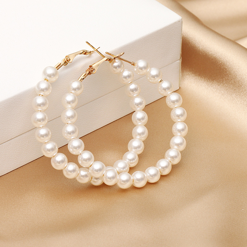 Europe and the United States 2019 new hot sale geometric round exaggerated pearl pendant earrings women earrings fashion jewelry