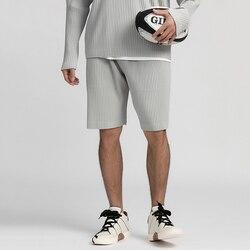EWQ/Мужская одежда, японский стиль, эластичная ткань, тонкий стиль, Свободные повседневные брюки до колен, плиссированные шорты с эластичной ...