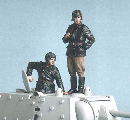 1/35 Tank Crew Include 2 (NO TANK )    Resin Figure Model Kits Miniature Gk Unassembly Unpainted