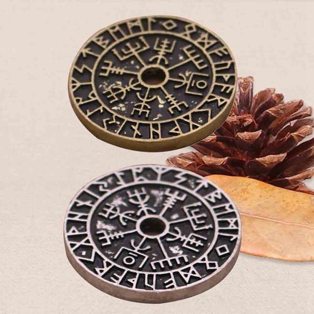 Pendentif Viking boussole Rune  3