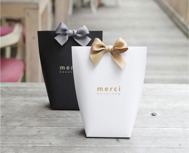 25 pièces/lot bricolage noir Merci mariage cadeau boîte anniversaire biscuits boîte bonne fête doux Dessert décoration boîte à bonbons boîtes de chocolat
