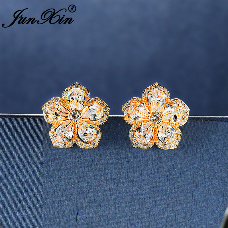 Yellow gold color