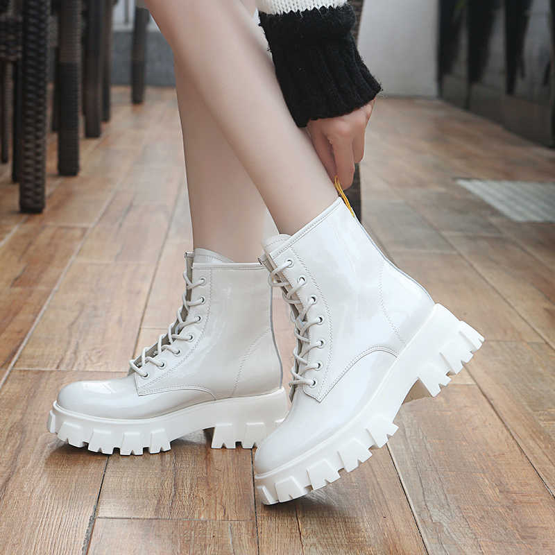 Rimocy 2019 Winter Women Boots Patent Leather Chunky Platform Ankle Boots Round Toe Short Biker Boots Black White Shoes Woman