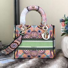 Luxury Brand Tote bag 2020 Fashion New High Quality embroidered bag Women's Designer Handbag Chain Shoulder Messenger Bag