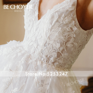 Image 4 - רומנטי אפליקציות חתונת שמלת BECHOYER HE09 אור תחרה 3D פרחי אונליין גב פתוח בית משפט רכבת הכלה שמלת Vestido דה Noiva