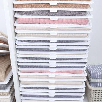 Leniwe składane ubrania deska organizator koszula organizator T Shirt Folder deska odzież dzielniki wieżowych składana tablica organizacja tanie i dobre opinie HAIMAITONG CN (pochodzenie) SH007 Stojąca Nieskładany stojak JEDNA Przechowywanie posiadaczy i stojaki DO SZAFY Z tworzywa sztucznego