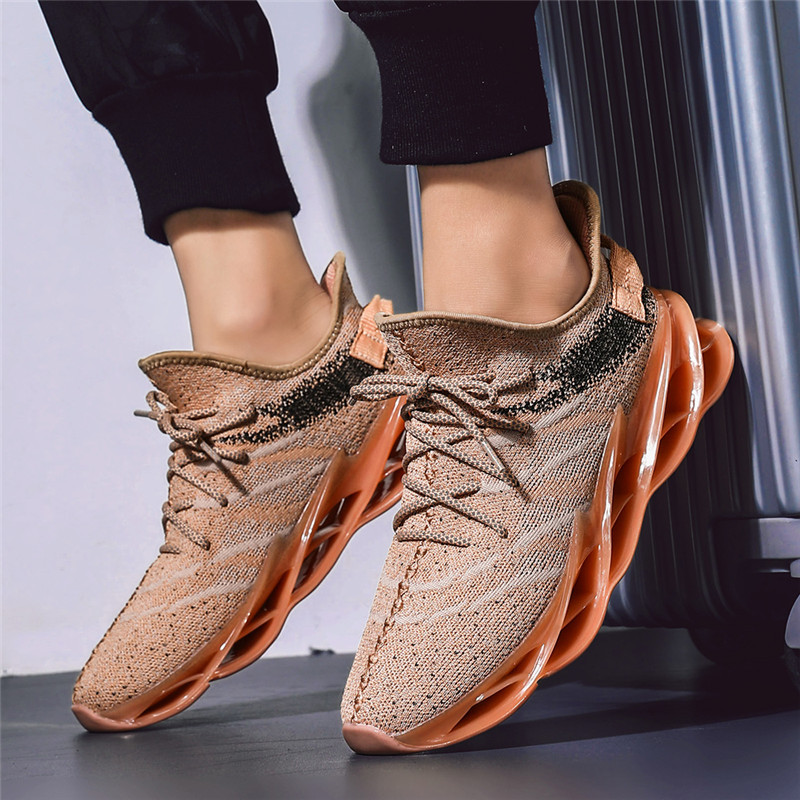 Running Shoes Men Summer Fly Weave Sneakers Men Brand Lace Up Men Jogging Shoes Solid Sports Shoes