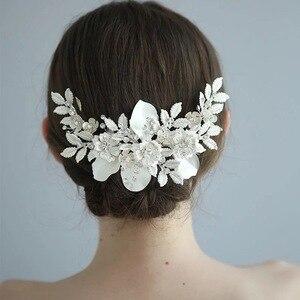 Antyczne srebrna kwiatowa ślubny grzebień do włosów delikatny kryształ ślubne nakrycie głowy ręcznie robione na imprezę bal biżuteria do włosów 2020