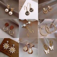 2021 nowe klasyczne perły kryształowe metalowe kolczyki Bohimia Rhinestone krótkie błyszczące moda kwiat kolczyk biżuteria akcesoria