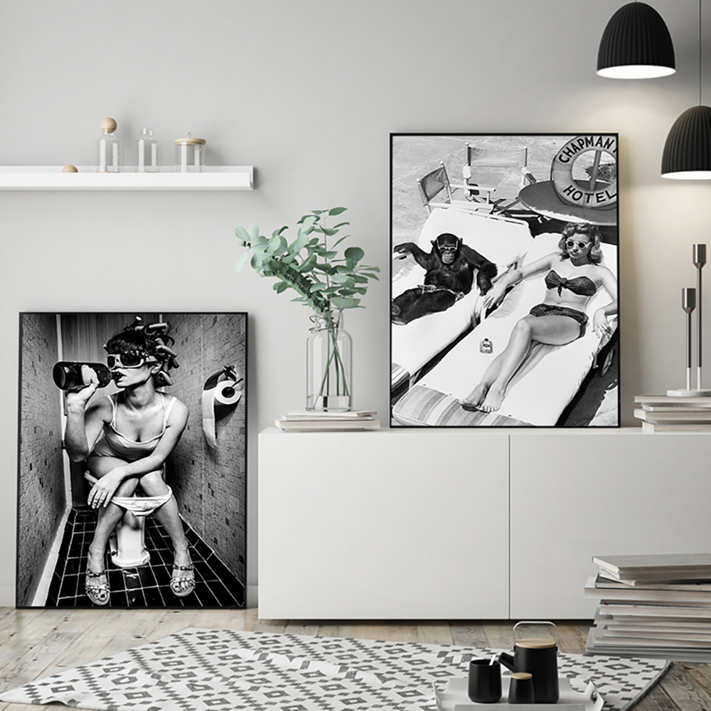 Modern Toilet Sexy Woman Canvas Prints Beach Girl Photograph Livingroom Picture Poster Fashion Black White Wall Painting Decor
