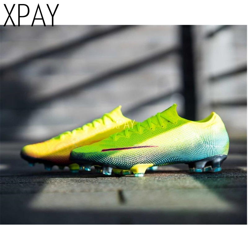 Unisex High Ankle Turf Soccer Shoes For Man Long Spike Sock Original Men Football Boots Cleats Trainning Sneakers