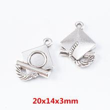 Vintage 20 pçs encantos graduação chapéu moda pingente liga de zinco ajuste pulseira colar diy jóias descobertas 7003