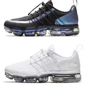 2019 Run Utility Running Shoes For Men Triple White Black Reflective Medium Olive Burgundy Designer Mens Trainers Shoes