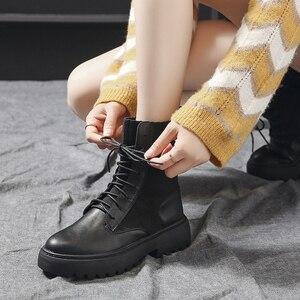 Image 5 - Frauen Marder Stiefel Frau Motorrad Stiefel Ankle Dr Booties Damen Casual Schuhe Weibliche Mode Freizeit Botas Mujer Dropshipping