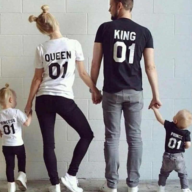 พ่อลูกสาวแม่เสื้อผ้าสำหรับครอบครัว King Queen Princess เจ้าชายเสื้อยืด Casual Letter พิมพ์เสื้อแขนสั้น Tees Tops