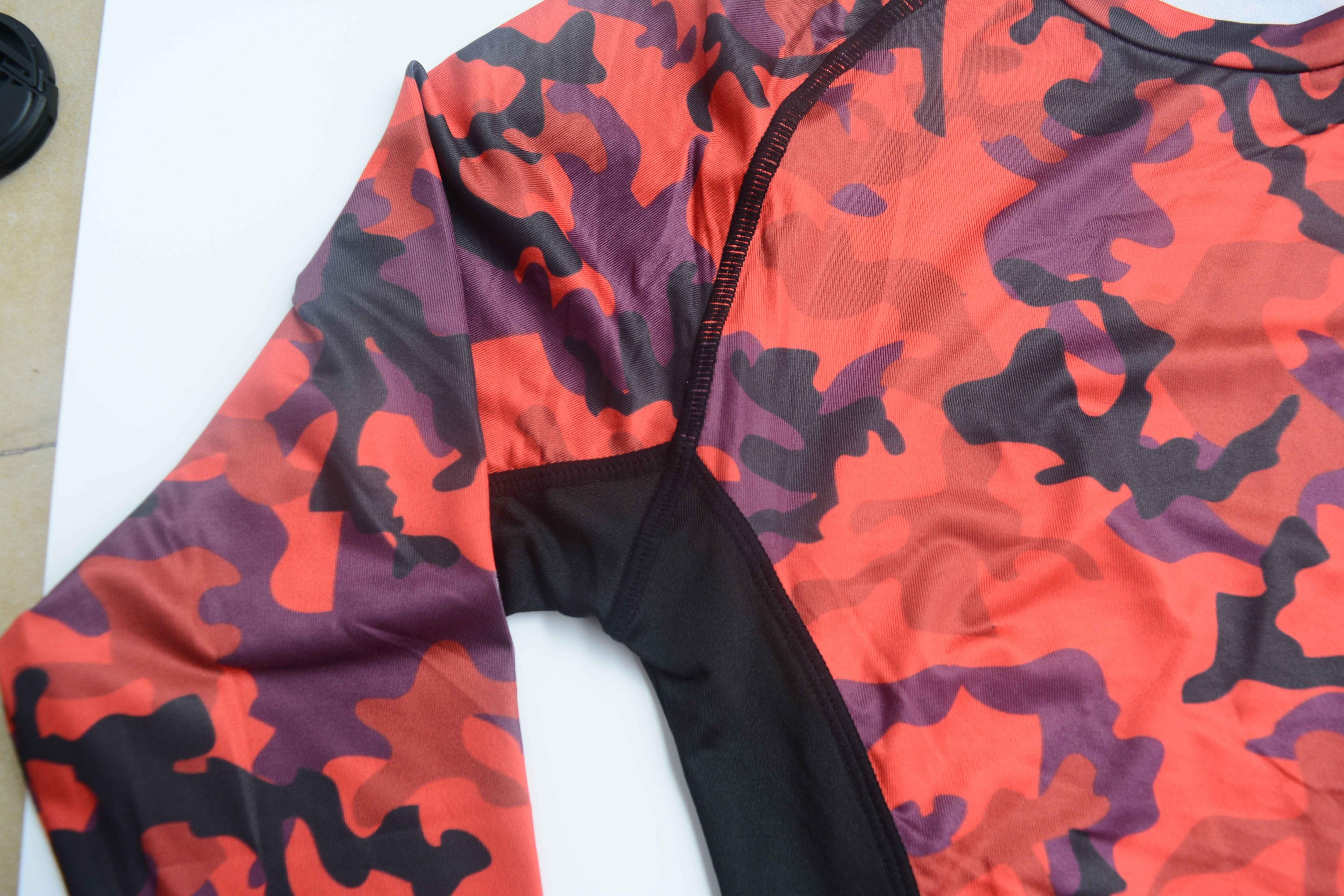 Sörf döküntü muhafızları UPF 50 baskı Rashguard en 2019 yeni Anti-UV uzun/kısa kollu mayo kuru Fit yüzme /dalış gömlek