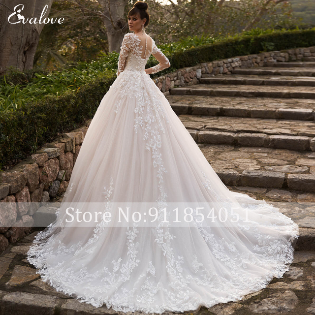 EVALOVE Elegant Scoop Neck Full Sleeve A-Line Wedding Dress Gorgeous Appliques Vintage Bridal Gown Custom Princess Wedding Gown 4