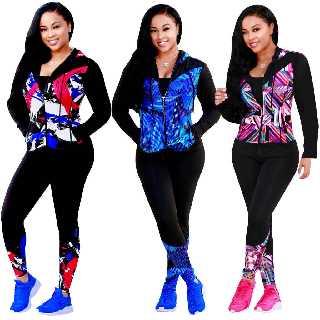 A sexy two-piece long sleeve and cap sports trouser suit for plus-size women's wear in autumn 2019