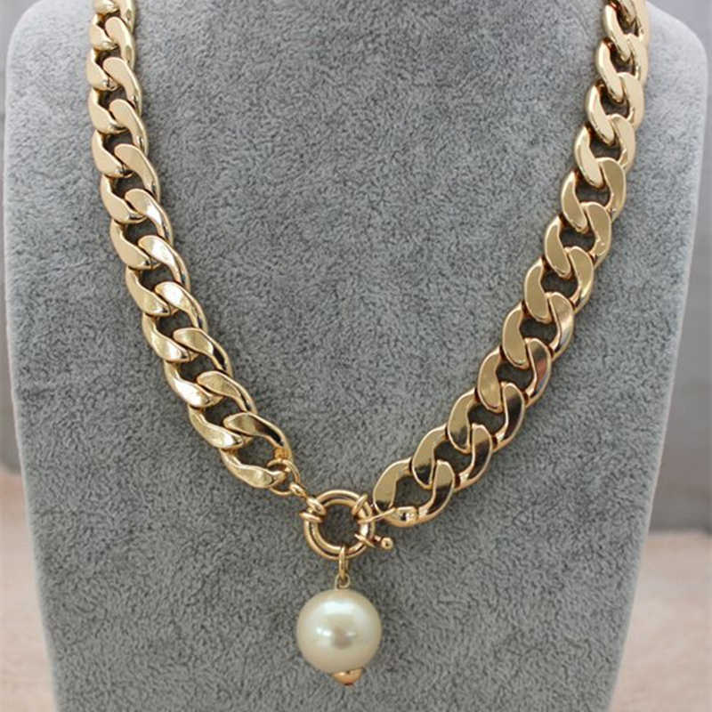 New European style personality textured imitation pearl chain necklace female clavicle short chain 4ND214