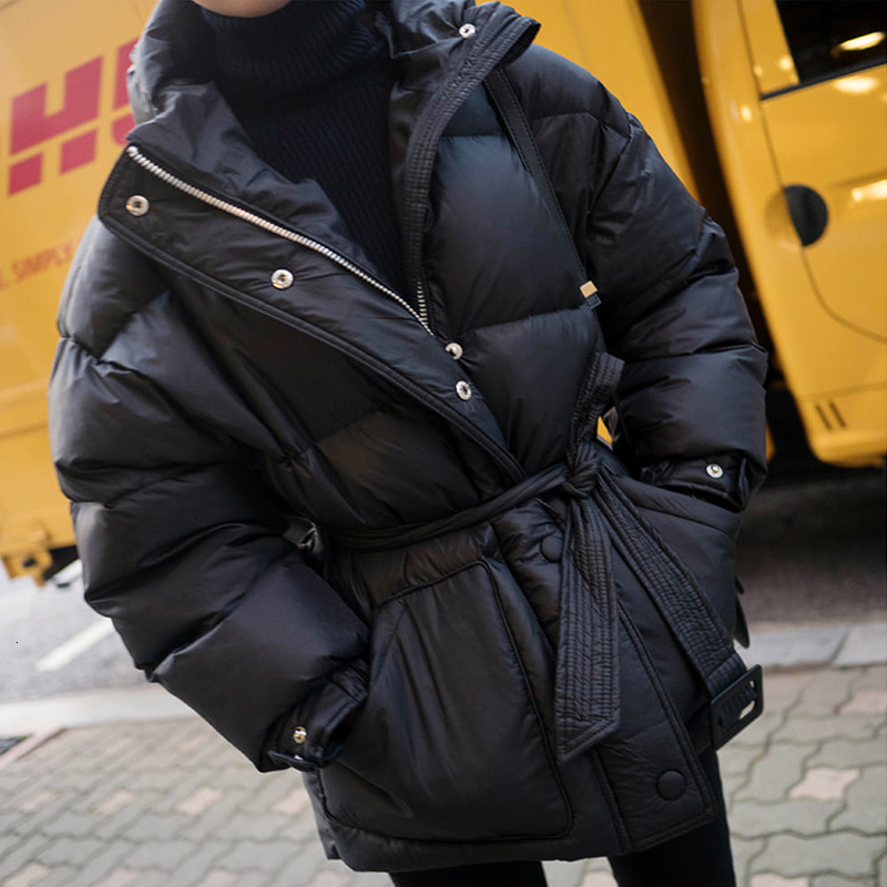 2020 Black Women's Fashion Down Parka Winter Jacket Simple Cuff Design Windproof Warm Female High Quality Coats With Belt YRF75