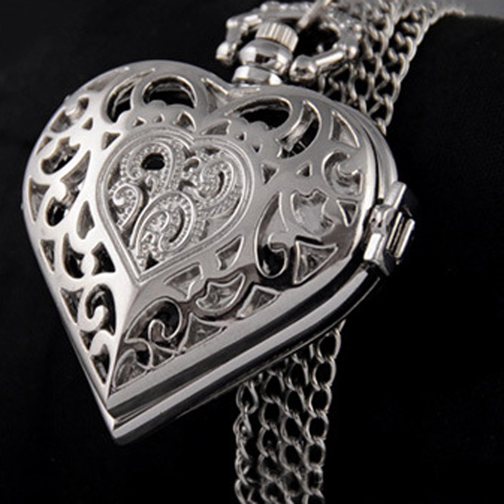 Trend Women Hollow Heart-Shaped Pocket Watch Necklace Pendant Chain World Of Warcraft Reloj Enfermera  Assassins Creed Skyrim *A