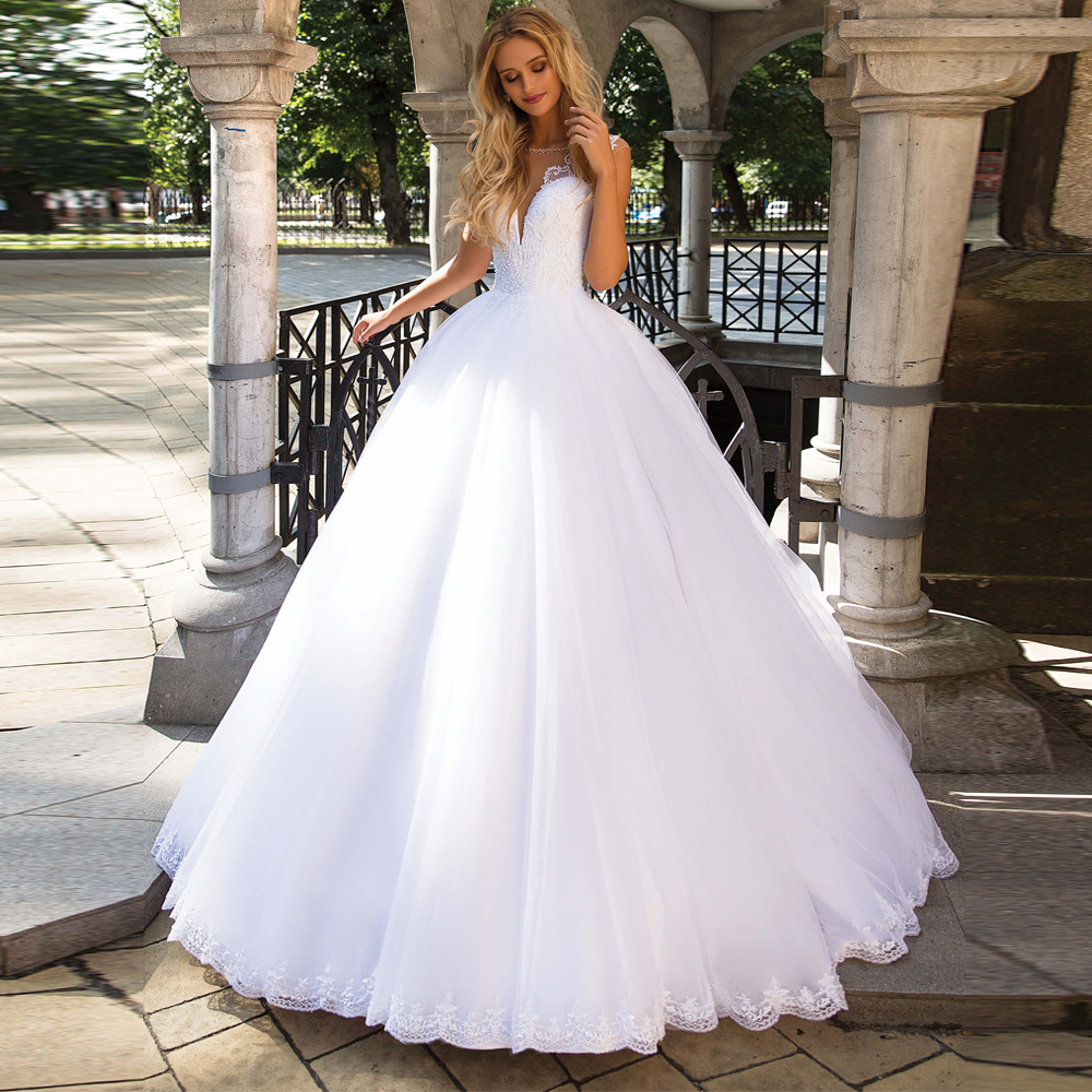 2020 Ball Gown Wedding Dresses Robe De Mariee Beaded Scoop Neck Sleeveless Applique Illusion Wedding Dress Vestido De Novia