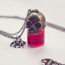 Charms Pendant Women Couple Jewelry Halloween Prank Gothic Retro Blood Bottle Crystal Skull Flowers Skeleton Pendants Necklaces