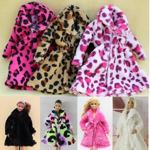 Image 1 - 15 نوع جودة عالية الملابس المصنوعة يدويا فساتين ينمو الزي الفانيلا معطف لفستان دمية باربي للفتيات أفضل هدية