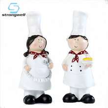 Strongwell Nordic Modern Resin Couple Chef Figurine Creative White Top Hat Cook Figurines Kitchen Bar Home Decoration Decor Gift