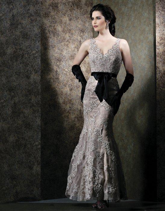 Elegant V-neck Long Lace Appliques Black Long Formal Evening Gown 2018 Vestido De Madrinha Mother Of The Bride Dresses