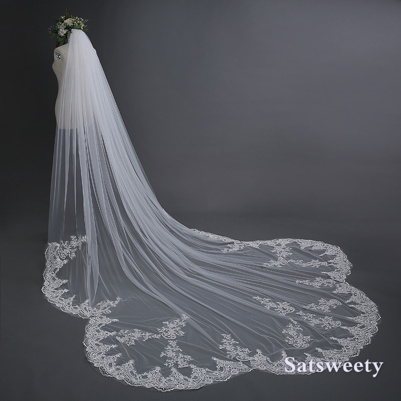 3 Meter Off White Cathedral Wedding Veil With Comb Long Lace Edge Bridal Veil High Quality Wedding Veil For Ball Gown