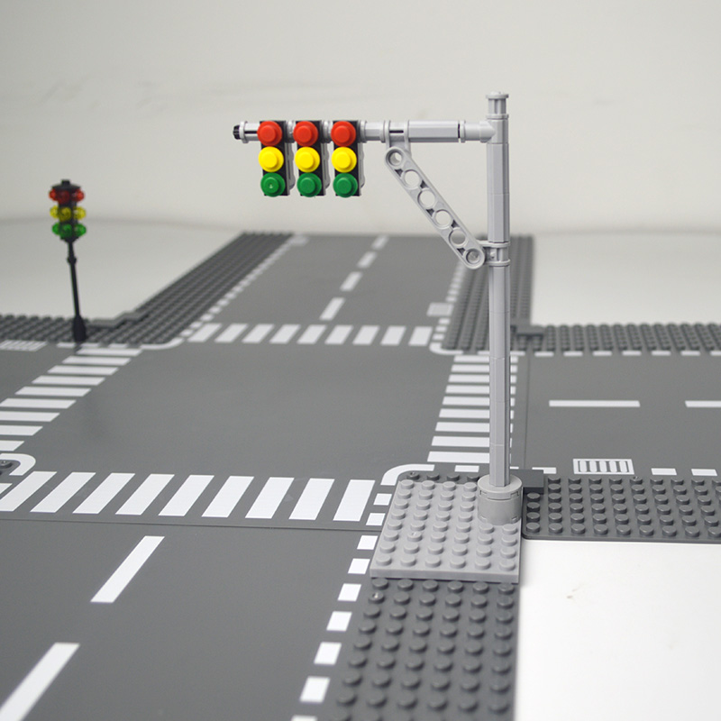 Baseplate City Road Street Traffic Light Base Plate Building Blocks Mini Model Compatible LegoINGlys City Signal Light Toys