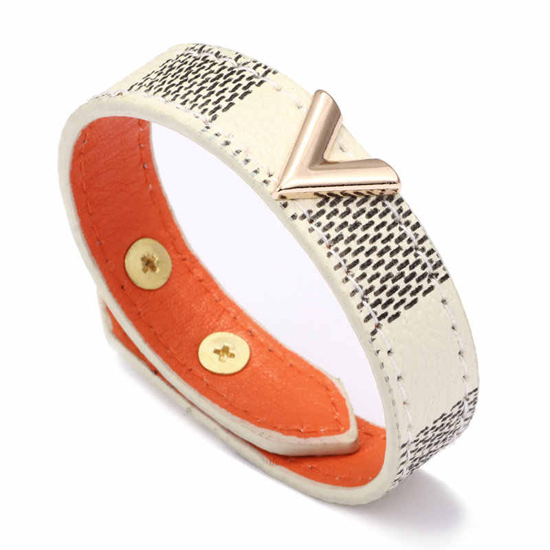 Brown Checkerboard Pattern Leather Bracelets Gold V-shaped Metal Decoration Leather Hand Catenary Fashion Bracele For Woman Man