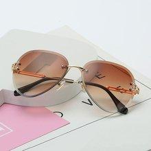Rimless Sunglasses Women Gradient Shades Cutting Lens Ladies Frameless Metal Eyeglasses Uv400 Vintage Round cut out lens oversized metal square sunglasses