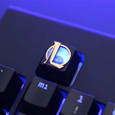 1pc Zinc-plated Aluminum Alloy Translucent Key Cap For LOL Mechanical Keyboard Stereoscopic Relief Backlit Keycap R4 Height