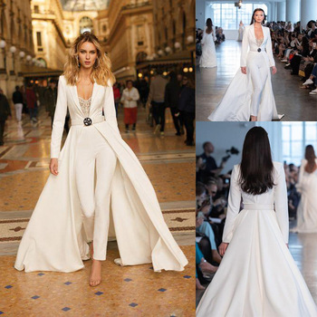цена на 2019 autumn and winter new women's jumpsuit lace side midi dress white jumpsuit long-sleeved windbreaker + trousers fake two