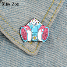 Melty Gas Mask Enamel Pins Custom Pink Girly Brooches Lapel Pin Shirt Bag Badge Cartoon Pastel Goth Jewelry Gift for Friends